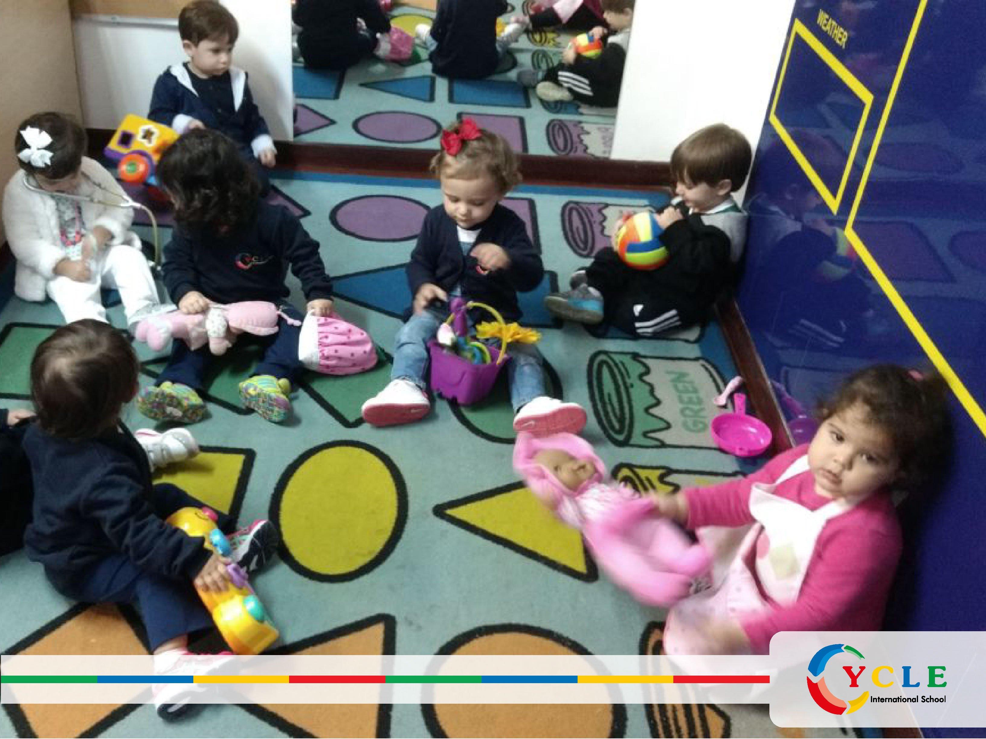 3b576c028a Dia da Fantasia - Profissões - Cycle Escola Infantil Bilíngue ...
